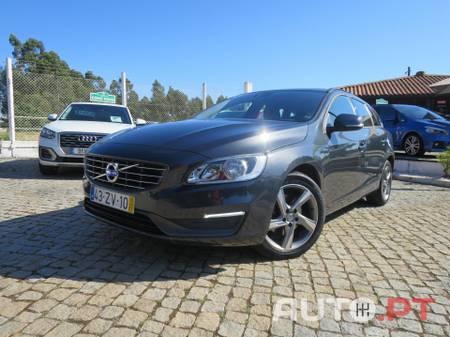 Volvo V60 1.6 D2 Momentum Eco (GPS)