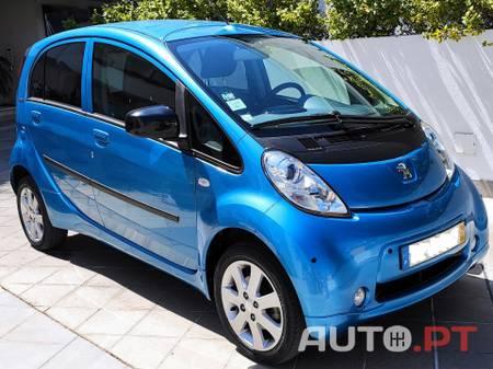 Peugeot iOn C/ Sensores Estacionamento