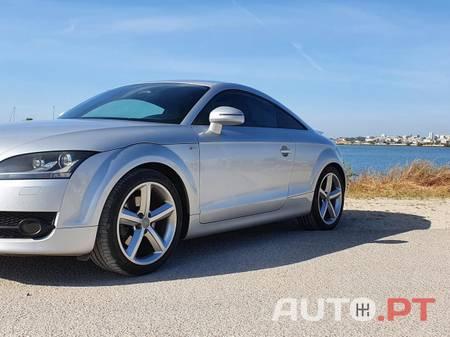Audi TT 2.0 TFSI S-Line 200cv