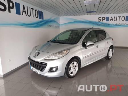 Peugeot 207 [1.4 HDI] Sportium