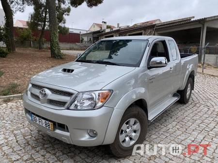 Toyota Hilux Trial