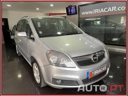 Opel Zafira 1.9 CDTi Cosmo 150cv