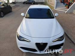 Alfa Romeo Giulia 2.2 180CV