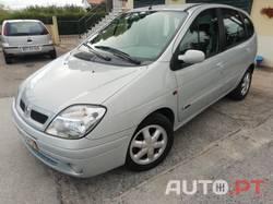 Renault Scénic 1.4 16V RXE