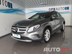 Mercedes-Benz GLA 180 Urban