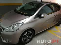 Peugeot 208 1.4 vti 3 portas allure