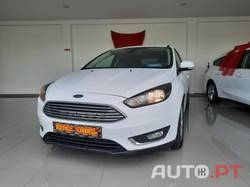 Ford Focus 1.0 SCTI TITANIUM