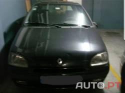 Renault Clio OÁSIS 1.2