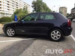 Audi A3 1.6 Atraction 200