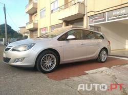 Opel Astra Sports Tourer 1.7 CDTI (motor Isuzu)
