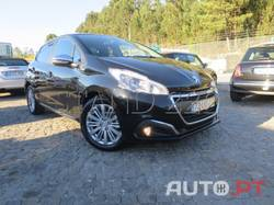 Peugeot 208 1.6 BLUE HDI STYLE