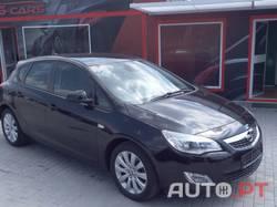Opel Astra 1.7 CDTi Full Extras