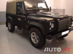 Land Rover Defender TD4