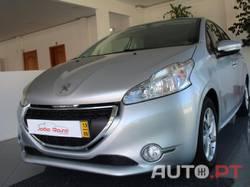 Peugeot 208 1.2 VTI ACCES