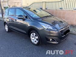 Peugeot 5008 1.6 HDi Access 5L