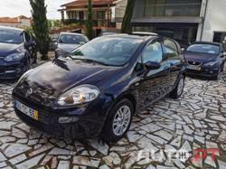 Fiat Punto 1.2i 70cv Nacional 106€ mês