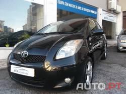 Toyota Yaris VVT-I CONFORT