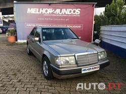 Mercedes-Benz 200 D 2.0