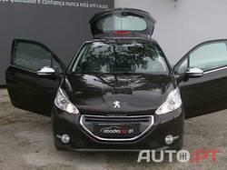 Peugeot 208 Allure 1.6 e-HDi 115cv 6-VEL