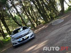 Opel Astra GTC 1.3cdti