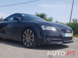 Audi TT 2.0 TDI Quattro S-Line
