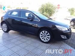 Opel Astra 1.4 Cosmo TURBO