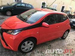 Toyota Aygo 5p x-play + ac + x-touch