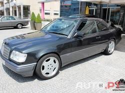 Mercedes-Benz E 220 W124